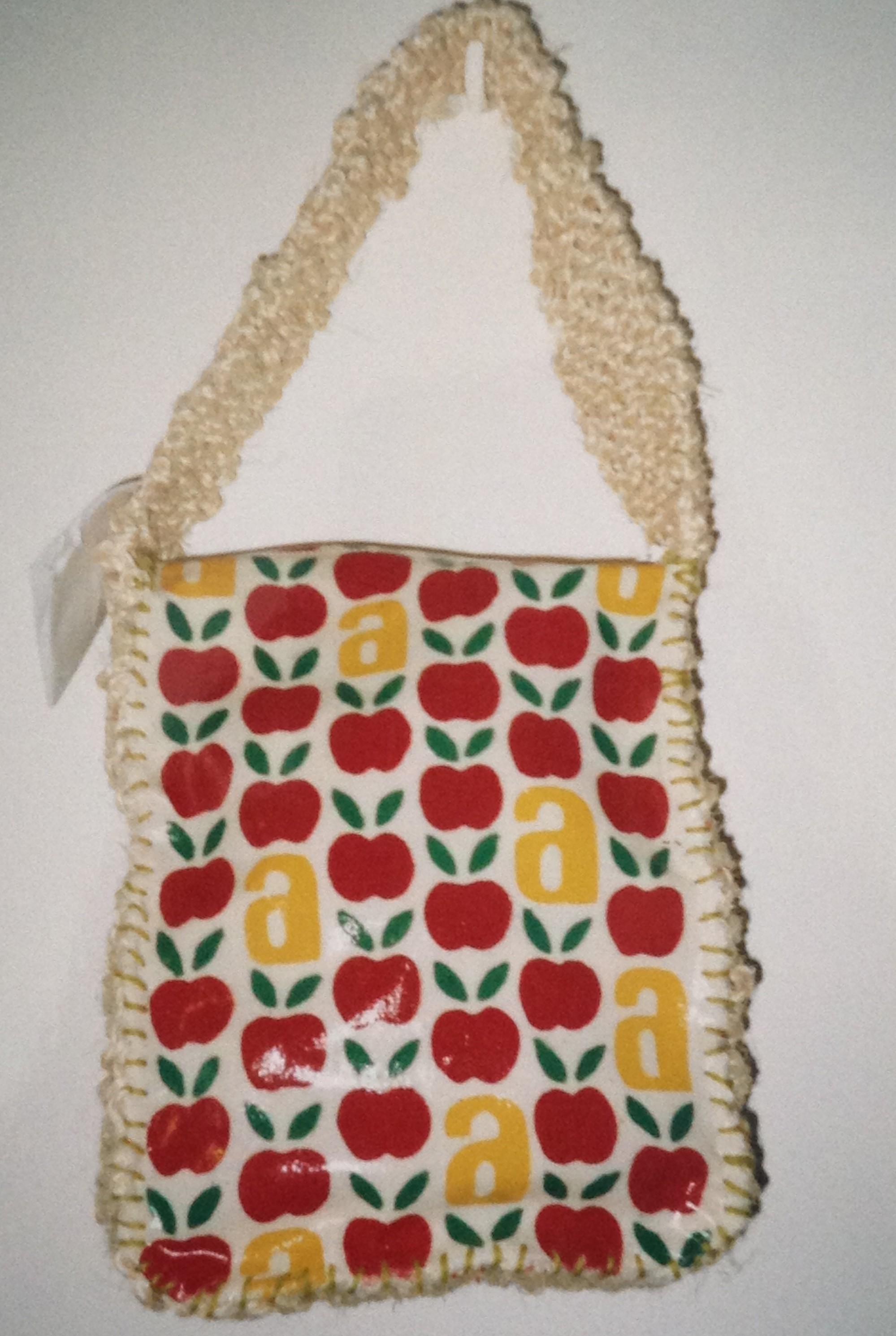 apple-handbag